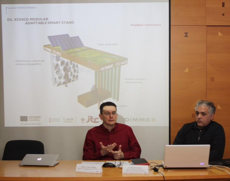Presentación detallada en el taller de los diseños propuestos y de cómo encajan en entornos urbanos y en destinos turísticos mediterráneos. A la derecha, Kiyanshid Hedjri.