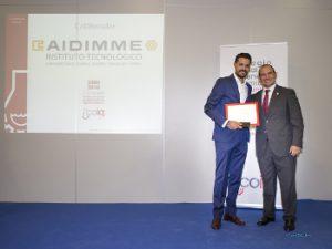 De izq. a dcha, Samuel Félix de AIDIMME y Vicente Vert Presidente del COIQCV