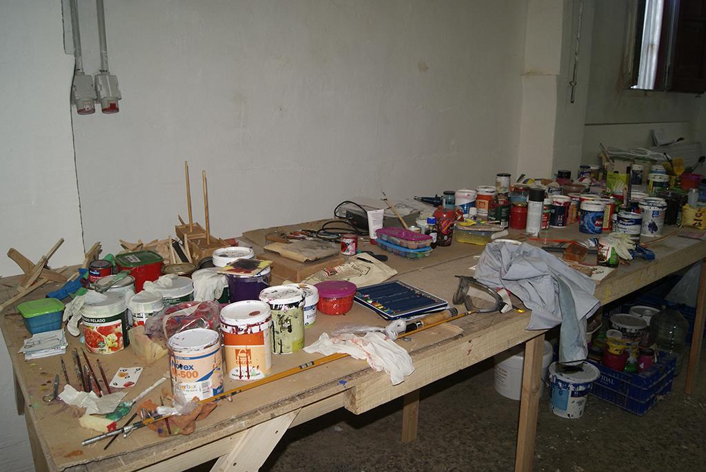 Anna y Giovanni utilizan un amplico abaníco de colores y acabados en sus obras