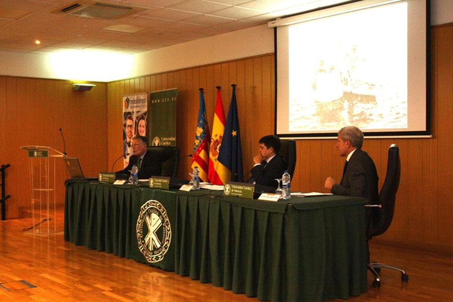 """D. José Segarra imparte la lección magistral """"Historia, actualidad y futuro del Parque Natural de la Albufera"""""""