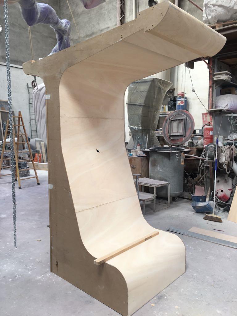 Imagen 4. Estructura de madera del prototipo, desarrollada para la comprobación de medidas y que se usó como base para desarrollar el molde de la estructura.