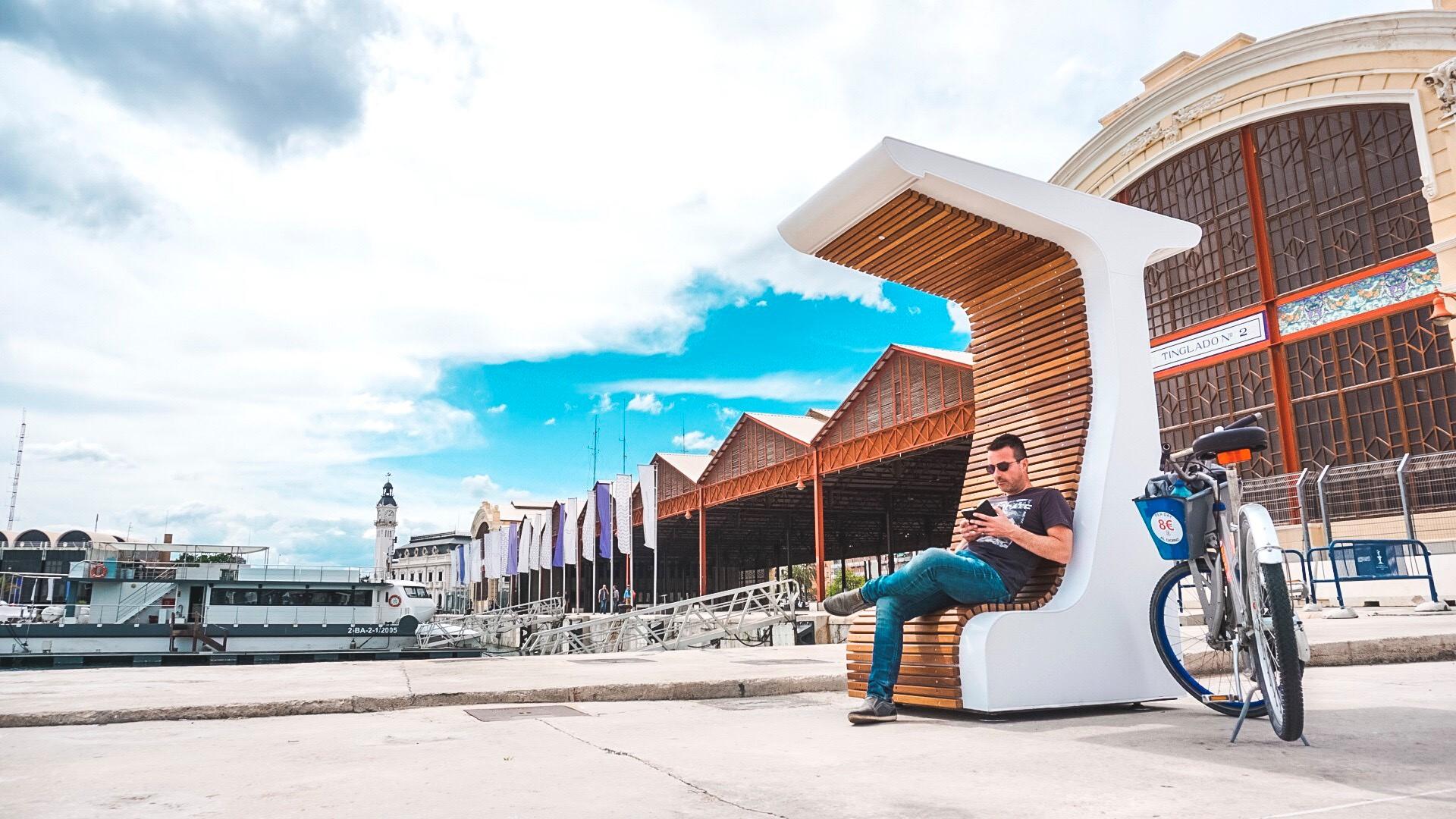 mobiliario urbano inteligente
